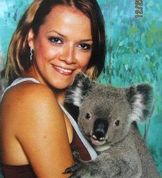 #tbt #throwbackthursday #aussie #australia #goodmemories #cutekoala #loveaustralia #buenosrecuerdos #currumbinwildlifesanctuary #currumbin #goldcoast #thelanddownunder #missingaustralia buenos recuerdos extrañando the Land Down Under by abbymendez1696 http://ift.tt/1X9mXhV