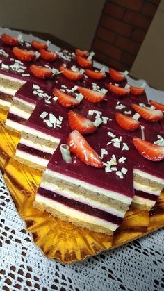 Hungarian Desserts, Hungarian Recipes, Cake Bars, Dessert Bars, Cookie Recipes, Dessert Recipes, Cupcakes, Homemade Cakes, Yummy Cakes