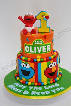 First Birthday Cake. Sesame Street Birthday Cakes, Elmo Birthday Cake, Sesame Street Cake, 1st Boy Birthday, Birthday Ideas, Elmo Smash Cake, Baby Elmo, Baby Shower, Elmo Party