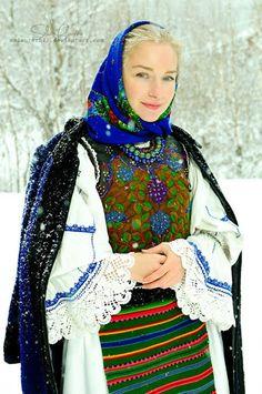Blue Winter by MsLaurethil on DeviantArt Ethnic Fashion, Boho Fashion, Womens Fashion, Traditional Fashion, Traditional Dresses, Romania People, Romanian Women, Popular Costumes, Art Populaire