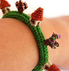 Christie Heroux!!!  cute-village-crochet-bracelet
