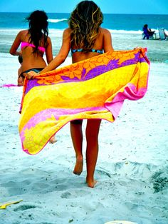 Run for your fun! #beachtowels #summer