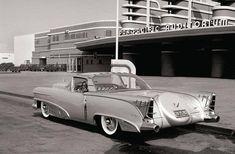Car Images, Car Photos, Car Pictures, Cadillac, La Car Show, Le Mans, 1950s Car, Eco Friendly Cars, Lifted Ford Trucks