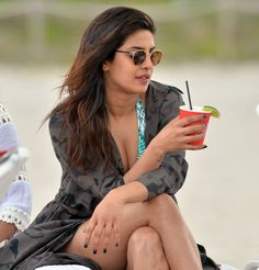 Priyanka Chopra Super Hot & Spicy Show Swimming in the Ocean at Beach in Miami - Page 2
