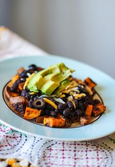 spicy sweet potato and black bean bowl