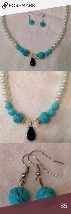 💎Earring And Necklace Set💎 Faux pearl with turquoise colored stones and a black hanging gem 💎 Includes earrings and necklace 💎 Jewelry