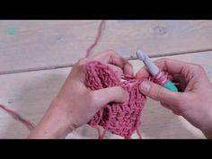 Tunische sjaal haken? Dit stoere model van Annemarie Arts is geschikt voor zowel mannen als vrouwen. Kies je favoriete kleur en ga aan de slag! Crochet Necklace, Model, Jewelry, Fashion, Moda, Crochet Collar, Jewels, Fashion Styles, Schmuck