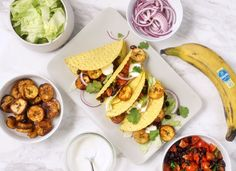 Roasted Chiquita plantain tacos with herbed black beans Healthy Banana Recipes, Plantain Recipes, Vegan Options, Nutritious Meals, Cherry Tomatoes, Black Beans, Food Hacks, Tacos, Easy Meals