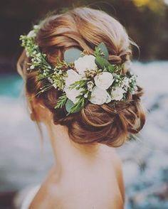 Decoração de Casamento : Paleta de Cores Marsala e Rosa Chá ————————————————————————————————————————————————— Deixe nos comentários quais cores vocês querem ver na sérieDecoração de Casamento: Paleta de Cores!
