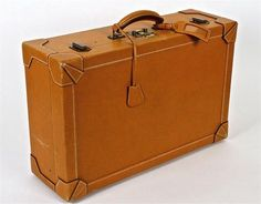 An Hermès leather suitcase Hermes Bags, Hermes Handbags, Black Handbags, Hermes Men, Leather Case, Leather Men, Leather Wallet, Leather Suitcase, Classic Handbags
