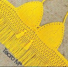Photo Crochet Dress Girl, Crochet Bra, Crochet Crop Top, Crochet Blouse, Crochet Clothes, Crochet Designs, Crochet Patterns, Crochet Furniture, Crochet Backpack Pattern