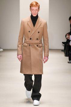 Jil Sander Fall 2015 Menswear Fashion Show Fashion Show, Mens Fashion, Fashion Design, High Fashion, Couture Outfits, Milano Fashion Week, Fall Winter 2015, Jil Sander, Winter Fashion