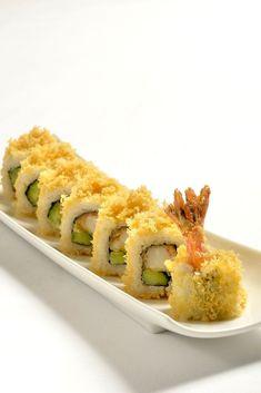 Sushi for Beginners Tempura Sushi Roll Recipe, Shrimp Tempura Sushi, Shrimp Sushi Rolls, Cooked Sushi Recipes, Sushi Roll Recipes, Cooked Sushi Rolls, Best Sushi Rolls, Sushi Fillings, Japanese Recipes