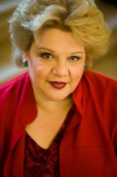 #Examinercom    Dolores Claiborne will be an opera in the 2013-2014 season, making it's world premiere at SF Opera with Dolora Zajick.  http://www.examiner.com/article/sf-opera-announces-2013-2014-season-with-racette-x-3-and-dolores-claiborne