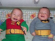 http://3.bp.blogspot.com/_lG2az5ut9w0/TMnMSgotE6I/AAAAAAAAVoQ/D-ttgnHdosY/s400/Babies_%2BCosplay_At_Halloween_04.jpg