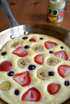 honey cloud pancake - egg white super yummy pancake substitute with berries!