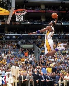 Michael Jordan is in this picture but you can't see him because he is above Kobe! Michael Jordan, Jordan 13, Air Jordan, Basketball Tricks, Love And Basketball, Basketball Stuff, Basketball Workouts, Slam Dunk, Nba Players