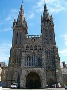 """Saint-Pol-de-Léon Cathedral (Cathédrale Saint-Paul-Aurélien de Saint-Pol-de-Léon) is a former Roman Catholic cathedral in Saint-Pol-de-Léon in Brittany.  It was formerly the seat of the Bishop of Saint-Pol-de-Léon, a bishopric established in the 6th century and abolished under the Concordat of 1801, when its territory was transferred to the Diocese of Quimper. Since 1901, the cathedral also is """"Basilique Mineure de l'Annonciation""""."""