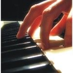 25 Free Beginner Piano Lessons | Adult Piano Lesson Guide