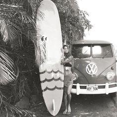 Surf's up!  Black & White VW