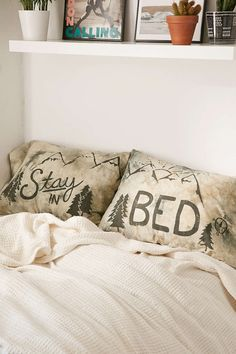 Stay In Bed Dyed Pillowcase Set - Urban Outfitters