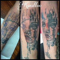 #kanuttoo #tattoo #ink #inked #face #rostro #color #realism #realismo #eyes #ojo #splash #woman #mujer #girl #blue #azul #anaranjado #orange #people #man #gente #shadow #sombra #arm #brazo