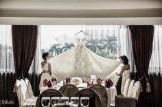 Photo by Robbin Lee of September 19 on Worldwide Wedding Photographers Community
