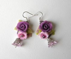Zarcillos de flores en porcelana fría / cold porcelain / masa flexible