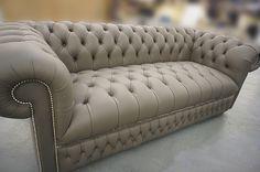 Мы посетили местечко под Лондоном , где производятся диваны в стиле chester Речь пойдет о диване из кожи, стоимостью не более 3000-4000 евро. Я хочу сделать акцент, насколько разным мне показалось качество производства английских и итальянских диванов при той же стоимости Недавно мы…