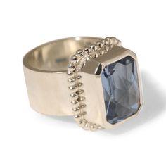 Special-0001 bijzondere handgemaakte ring zilver