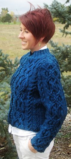 Key and Knot cardigan : Winter 2013 Free pattern ♥ 5000 FREE patterns to knit ♥: http://www.pinterest.com/DUTCHKNITTY/share-the-best-free-patterns-to-knit/