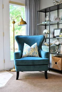 Cool Living Room Chairs Inspirational Designing Home with Endearing Blue Accent Chairs for Living Modern Living Room Colors, Colourful Living Room, Accent Chairs For Living Room, Small Living Rooms, Living Room Grey, Living Room Modern, Bedroom Small, Family Room Sectional, Green Accent Chair