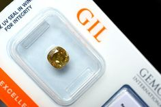Online veilinghuis Catawiki: 1.42 ct. Kussen geslepen diamant natuurlijk fancy groenachtig-geel - VG/VG/VG SI1