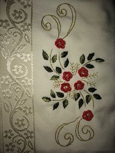 Saree Embroidery Design, Floral Embroidery Patterns, Embroidery Flowers Pattern, Creative Embroidery, Hand Embroidery Designs, Ribbon Embroidery, Brazilian Embroidery Stitches, Crochet Bedspread, Pisa