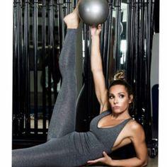Η Ελένη Πετρουλάκη σας δείχνει την κατάλληλη άσκηση για τέλεια πόδια Gym Equipment, Health Fitness, Exercise, Ejercicio, Excercise, Work Outs, Workout Equipment, Workout, Fitness