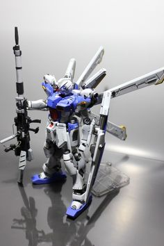 "1/100 Gunpla Diorama: [崇高な想いの先に] ""Noble Thought…"" Modeled by SOMA"