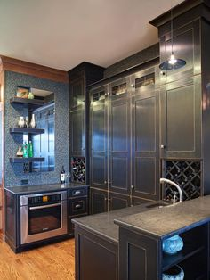 HGTV's Best Kitchen Countertop Pictures: Color & Material Ideas : Page 03 : Rooms : Home & Garden Television