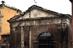 Portico D'Ottavia (photo Luca Semplicini) http://www.romeing.it/the-jewish-quarter-in-rome/