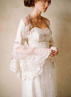 See the entire 2012 Claire Pettibone 2012 Wedding Collection. Mon Cheri Wedding Dresses, 2015 Wedding Dresses, Bridal Dresses, Wedding Gowns, Trendy Wedding, Boho Wedding, Wedding Styles, Mermaid Wedding, Wedding Blog