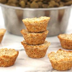 Healthy Dog Treats Coconut Oatmeal Pupcakes - the perfect, easy Dog Biscuit Recipes, Dog Treat Recipes, Healthy Dog Treats, Dog Food Recipes, Pet Treats, Homemade Dog Cookies, Homemade Dog Food, Pupcake Recipe, Coconut Oatmeal