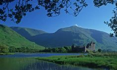 Kilchurn Castle, Lochawe, Dalmally, Argyll, PA33 1AF. built mid-1400s by Sir Colin Campbell, 1st Lord of Glenorchy