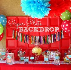 How to Make a Paper Plate Backdrop | Spoonful Diy Party, Party Gifts, Party Ideas, Construction Party, Thinking Day, Circus Party, Party Entertainment, Backdrops For Parties, Paper Plates