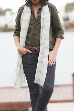 DIY - Thinning Down A Poofy Scarf | Alterations Needed
