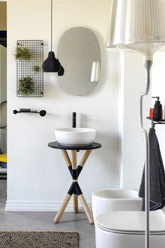 """Les gagnants 2020 des Archiproducts Design Awards ont été révélés ! Coup de projecteurs sur les catégories """"Salle de bains"""" et """"revêtements"""". #ada2020 #ceadesign #fantini #treemme #rexadesign #ceramicacielo #cristinarubinetterie #devonanddevon #ext #inbani #nicdesign #graff #scarabeoceramiche #quadrodesign #salvatori #vismaravetro #bathroom #salledebains #design #designers #winners #gagnants #awards #hydropolis #salledebain #revetements #carrelage #deco #decointerieure #renovation #ideesdeco Design Awards, Deco, Bathroom, Designers, House, Chic, Bath, Spot Lights, Washroom"""