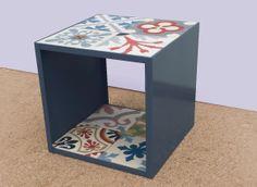 """Side table """"CUBE"""" in steel and hydraulic mosaic tile. Mesa rinconera """"CUBE"""" en hierro y baldosas hidráulicas."""