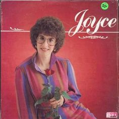 17. Joyce | Community Post: 21 Painfully Awkward Band Photos