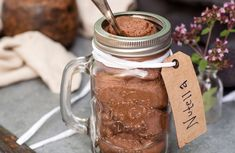 hemgjord nutella i glasburk