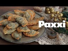 Τα χορτοκαλίτσουνα αποτελούν τα Κρητικά χορτοπιτάκια, τηγανιτά, τραγανά από έξω με ζουμερά αρωματικά χόρτα εσωτερικά. Muffin, Bread, Snacks, Breakfast, Pizza, Foods, Youtube, Morning Coffee, Food Food