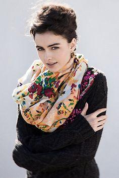 abstract garden pullover