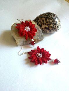 orecchini a uncinetto orecchini a fiorerosso di L'Alabastro Creazioni su DaWanda.com